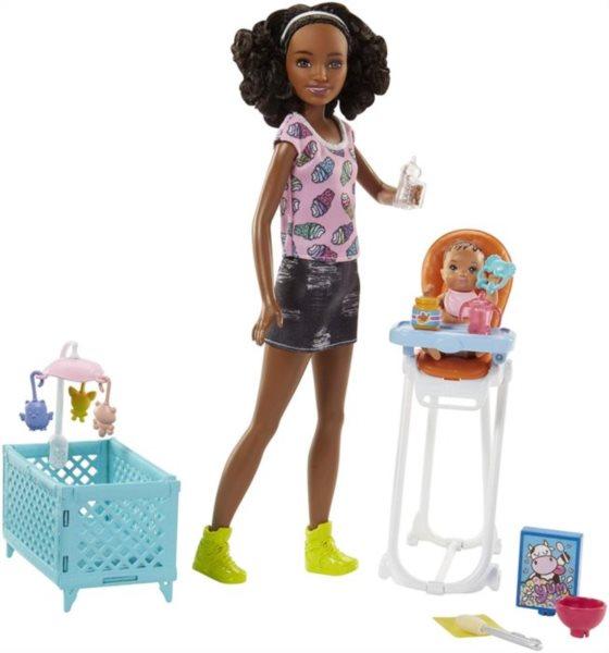 MATTEL Barbie afroameričanka chůva s miminkem a doplňky