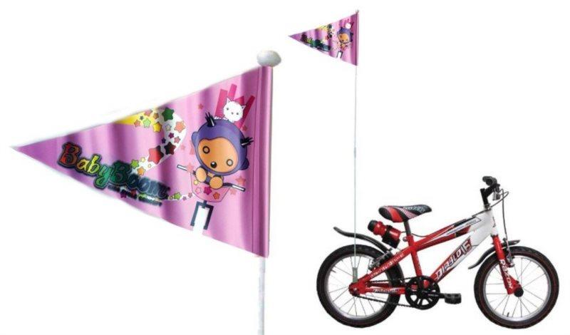 Dívčí vlajka na kolo