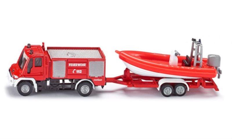 SIKU 1636 Požární auto Unimog se člunem