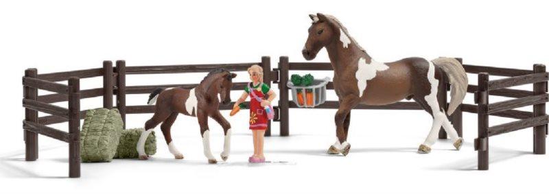 SCHLEICH 21049 Set krmení koní s příslušenstvím