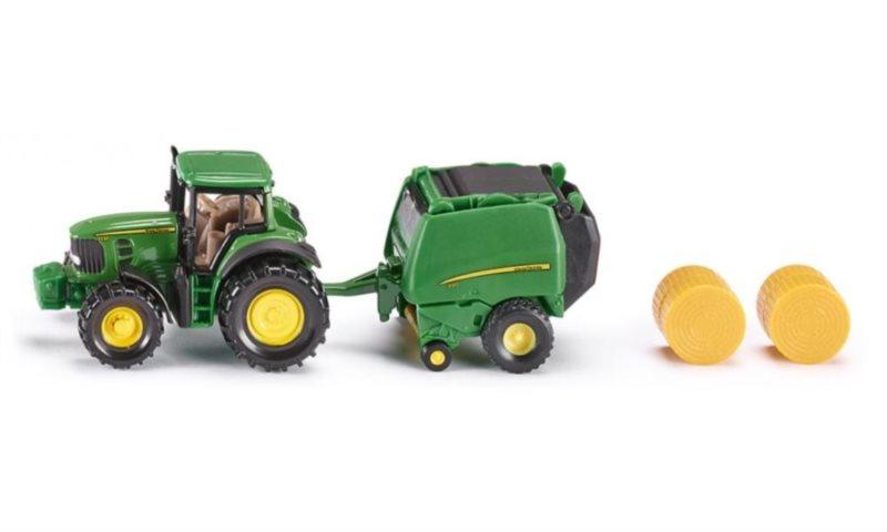 Traktor John Deere s balíkovačkou
