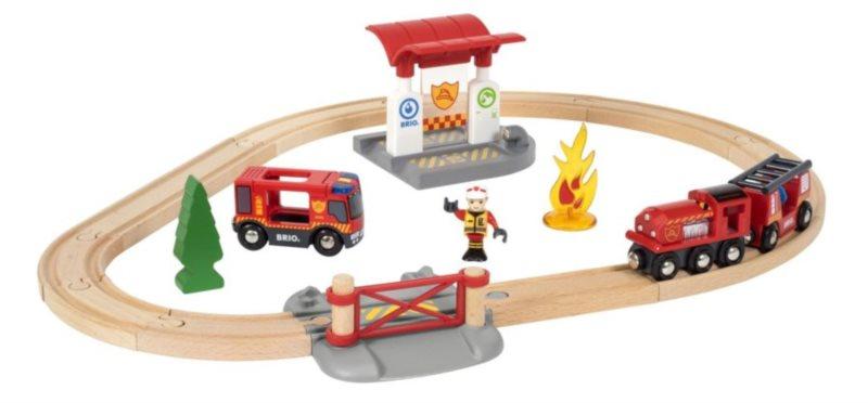 BRIO 33815 Vláčkodráha s týmem hasičů